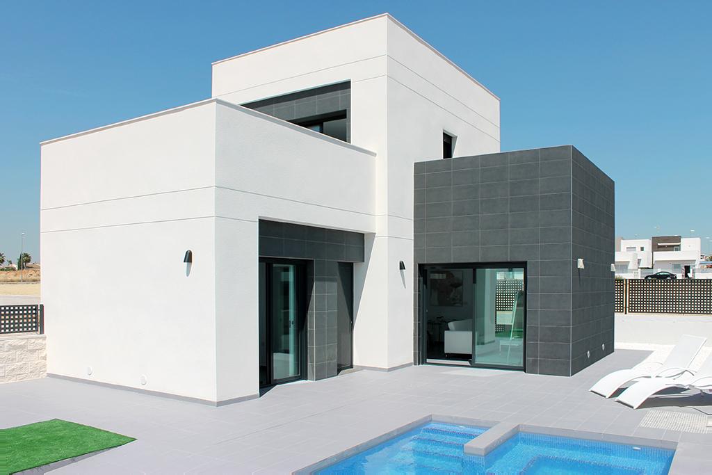 Costa Blanca Süd – wunderschöne Villa mit eigenem Pool nur wenige Kilometer zum Sandstrand