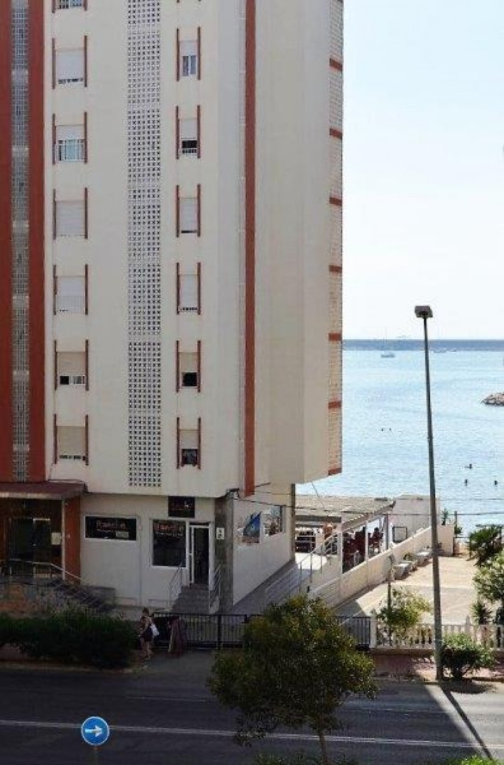 Spanien Costa Blanca Süd – Wunderschöne Wohnung mit seitlichem Meerblick Bereich Strand Acequion + Garage in Torrevieja
