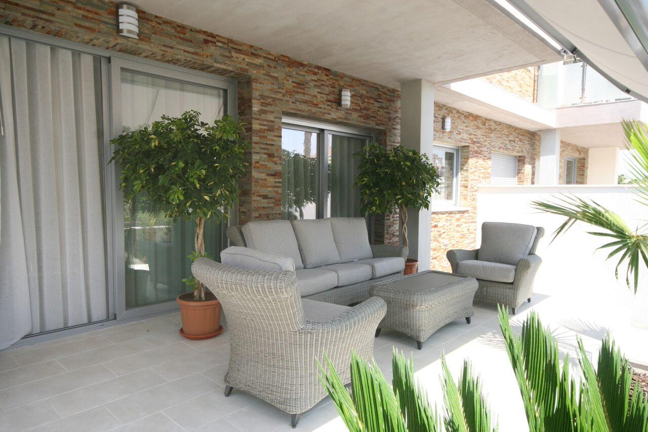 Torrevieja, moderne Neubauwohnung Nähe Habaneras und Carrefour Einkaufszentren