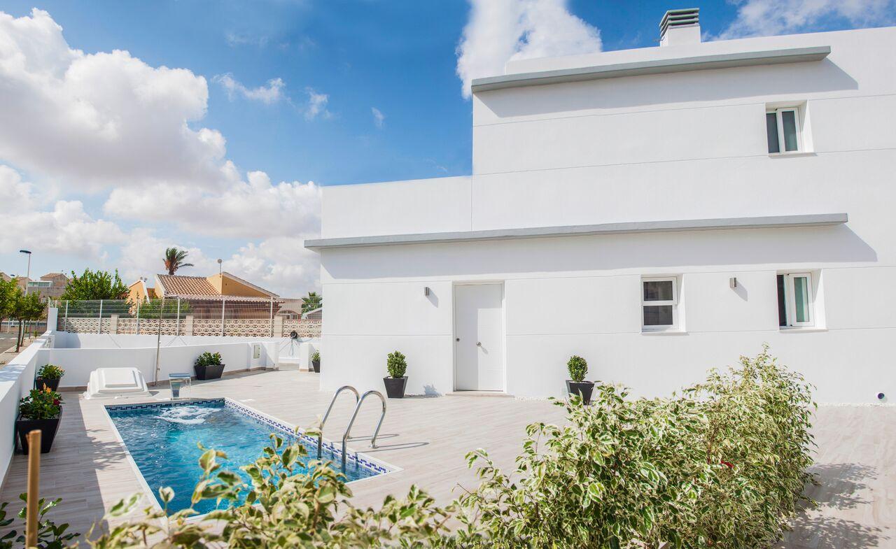 Torrevieja, 7 moderne freistehende Einfamilienhäuser, 3 SZ, 2 Bä, Pool opt., nähe Habaneras und Carrefour Einkaufszentren