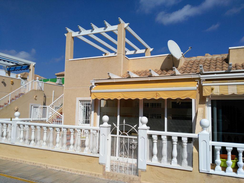 Torrevieja – Los Balcones Eckhaus (Quatro) 2 Schlafzimmer, Gem.-Pool, 2 Grünzonen, 100 % Südlage, Sonnenterrasse und Wintergarten