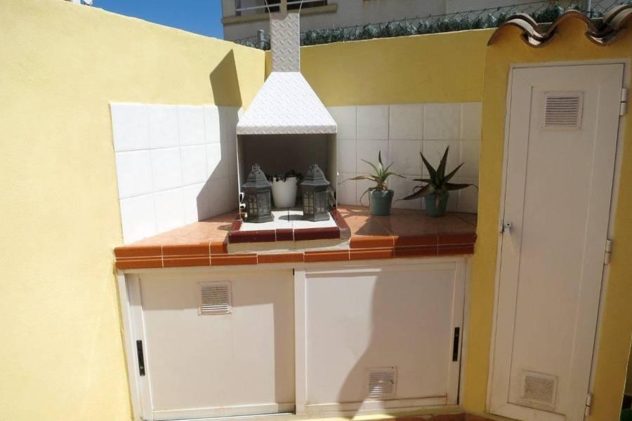 SPANIEN COSTA BLANCA Torrevieja-Aguas Nuevas, herrliches Reihenhaus mit doppeltem Solarium, 2 Schlafzimmer, 2 Badezimmer