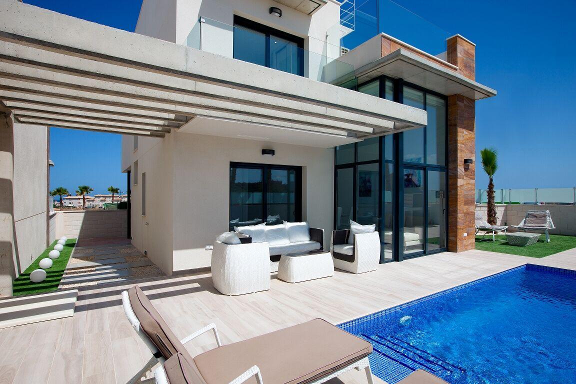 SPANIEN COSTA BLANCA SÜD – Cabo Roig, Villa 3 Schlafzimmer, 3 Bäder, Privatpool