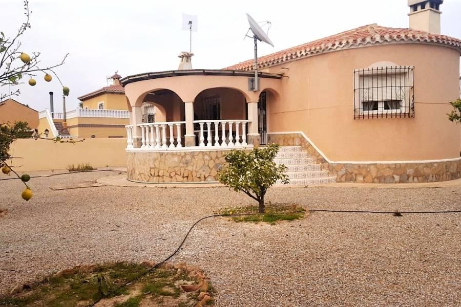 SPANIEN COSTA BLANCA Torrevieja-Torreta Florida, freistehende Villa auf einer Etage auf Eckgrundstück, 3 Schlafzimmer