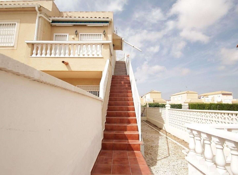 SPANIEN COSTA BLANCA, Torrevieja, Obere Wohnung mit grosser Sonnenterrasse, Gem.-Pool