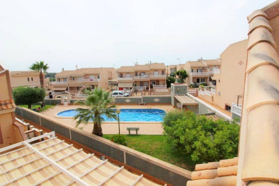 SPANIEN COSTA BLANCA Torrevieja-Los Altos, Eck-Reihenhaus in  in schöner Wohngegend