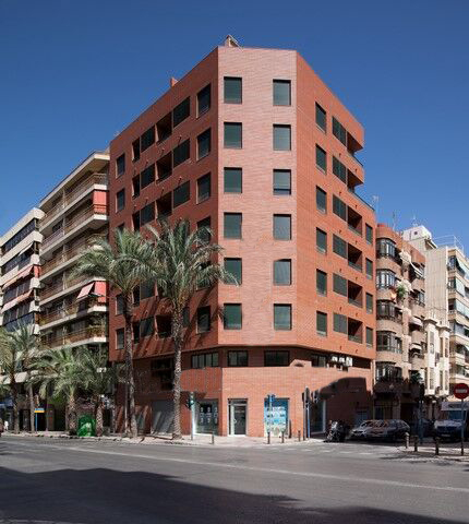 SPAIN COSTA BLANCA Alicante city center, apartments and shops with garages, NEW CONSTRUCTION