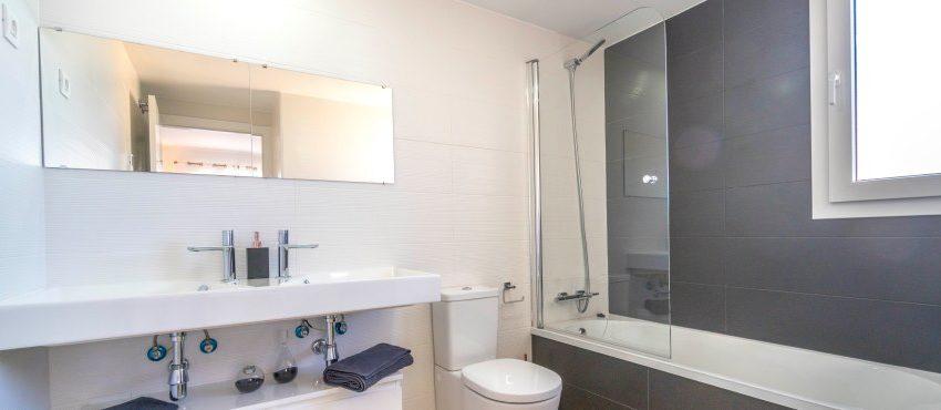 B6.2_La_Recoleta_Punta_Prima_bathroom_031Piloto