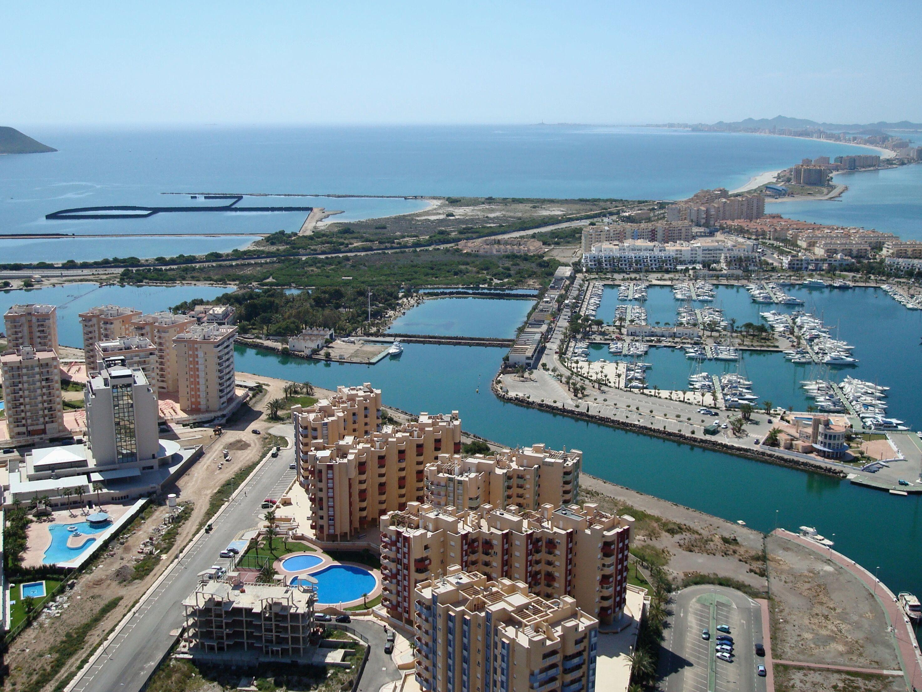 SPANIEN COSTA CALIDA – Halbinsel La Manga, fertige Erstbezugs-Wohnungen mit 2-fach-Meerblick zum Mittelmeer und Mar Menor