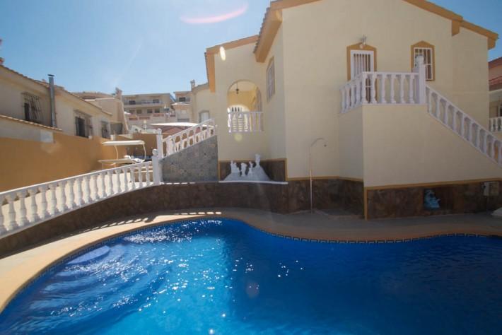 Gaudi-565b44696e25bc1