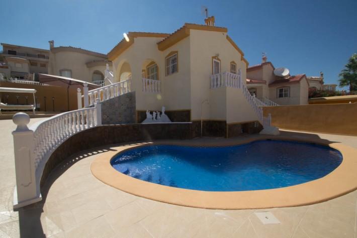 Gaudi-585b44696f1e03a