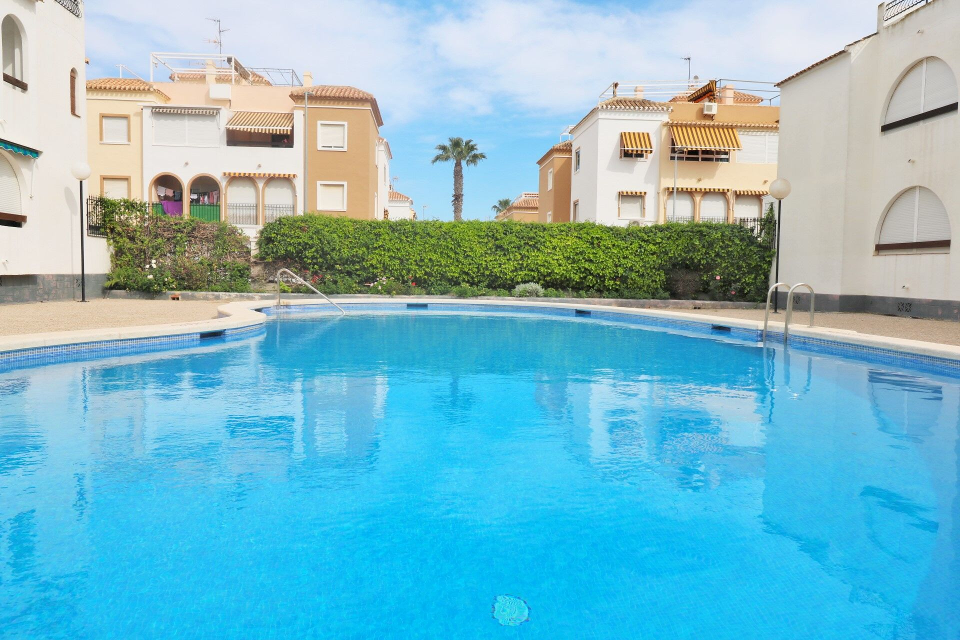 SPAIN COSTA BLANCA – TORREVIEJA, 2 BEDROOM APARTMENT WITH POOL IN PARAISO